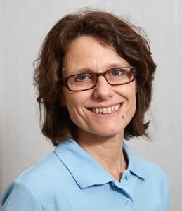 Dr.med.Ruth Draths_kleiner